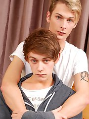 Britladz: Hot twink action